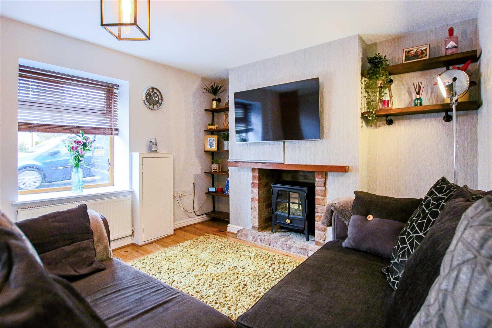 2 Bedroom Terraced Cottage For Sale - Image 2
